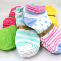 Sell: (400) Assorted Styles Wholesale Women Ankle Socks Low Cut