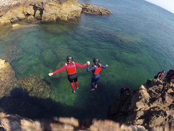 Experimente: COASTEERING: a new exciting activity