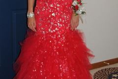 Items For Sale: Jovani Size 4