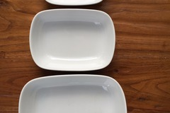 Selling: £9 for 6  WHITE PORCELAIN 20 cm SQUARE ROUNDED BOWLS