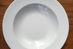 Selling: £20 for TEN  WHITE ROUND DEEP PORCELAIN PLATES  - CLEARANCE