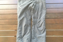 Renting out: Billabong Snowboard Pants - Size Small