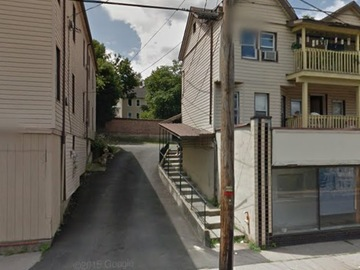 Monthly Rentals (Owner approval required): Middletown NY, Garage space available for rent.  Private