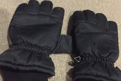 Daily Rate: Ski Gloves