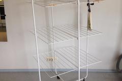 Myydään: Clothes drying rack