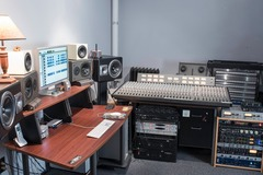 Renting out: JC Studios - Recording and rehearsals/10 min from NYC