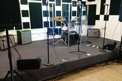 Renting out: Hourly Showcase Live Rehearsal Room at Royal 4 in Burbank