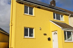 Accommodation: Cottage in fantastic location for the Pembroke sea cliffs!