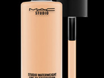 Venta: BLACK FRIDAY MAC Studio Waterweight Base de Maquillaje