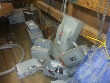 Selling Products: Preview_Outdoor_Electrical_Breaker_Boxes_Selling_Lot_Size