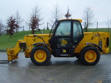 Daily Equipment Rental: JCB 535-140 Loadall