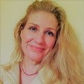 session by online chat: Lifelong Psychic and Healer Jessica Rae