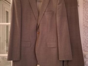 Ilmoitus: Hugo Boss miesten puku