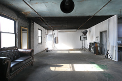 Renting out: Affordable modern, fully-equipped LIC Studio!