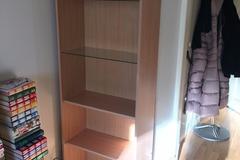 Annetaan: Shelf for free