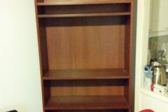 Selling: Bookshelf