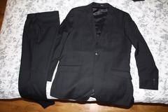 Selling: Dressmann black suit