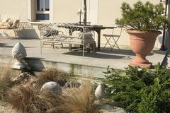 Offres: Ravissant jardin terrasse pour anniversaire et détente