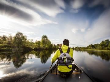 Til leie (per natt): Kanootti joelle, koskeen, järvelle
