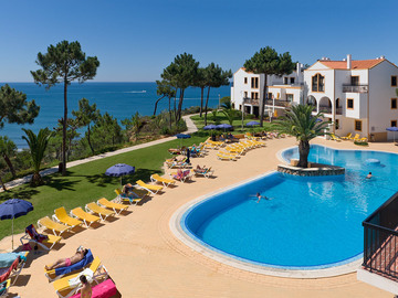Suggestion: Summer Break @ Alfagar Village Albufeira