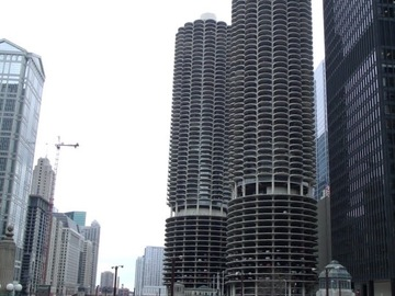Monthly Rentals (Owner approval required): Chicago IL, Assigned Garage Space in River North