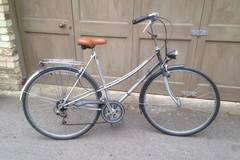 Renting out: Ladies Batavus dutch bike