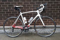 Renting out: 58cm Carbon Fiber Road Bike