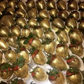Selling a product: Luxury Belgian chocolate dipped strawberries
