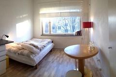 Annetaan vuokralle: Furnished studio apartment for sublet in Helsinki