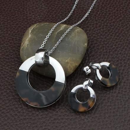78bf0cf9a1f1 Venta de joyería de acero por mayoreo - Mayoreo Click