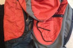 Myydään: Orange Backpack 15l