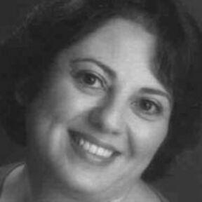 Yolanda R