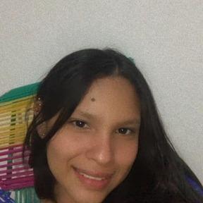 Paula Andrea B